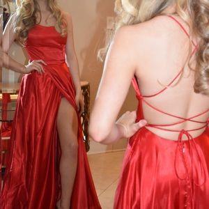 Sherri Hill Red Formal